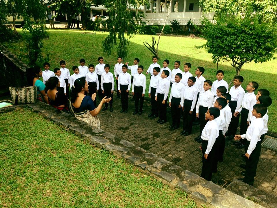 trinity-college-kandy-junior-choir-all-island-music-and-dance-2017